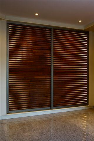 nietypowe drzwi przesuwne w szafie 1 senator d. Black Bedroom Furniture Sets. Home Design Ideas
